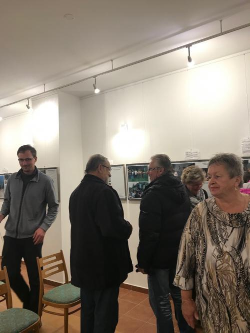 Prezentace fotografií Haymo Richtera Zpět do Evropy-když se hroutila železná opona - 2. 12. 2019